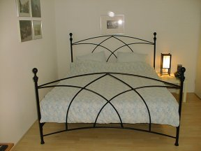 al's avoca bed made from iron