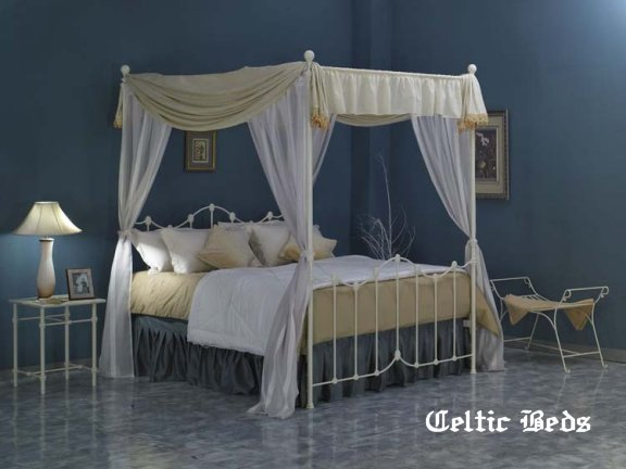 lagan canopy bed